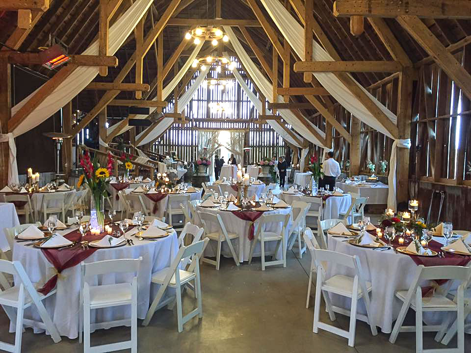 Shanahan S Barn Is An Elegant Rustic Venue For Your Northern Michigan Wedding Ceremony Reception Private